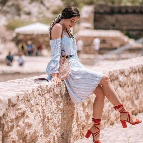 Damen - Kleid mit Streifen - weiß/blau gestreift