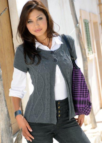 Женское пальто и... Кардиганы и Жилеты - Вязание Спицами и Крючком бесплатные схемы вязания. теплый кардиган крючком