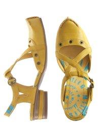 احذية للبنوتات روووووووووووووعة bnk122x08.jpg