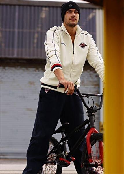 ملابس الجديدة   لرجل 2011 Blx092x09