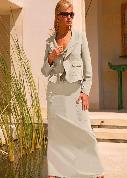 La jupe longue, Taille courte