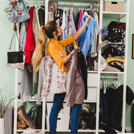 Ordnung im Kleiderschrank: Tipps&Tricks zum Aufräumen