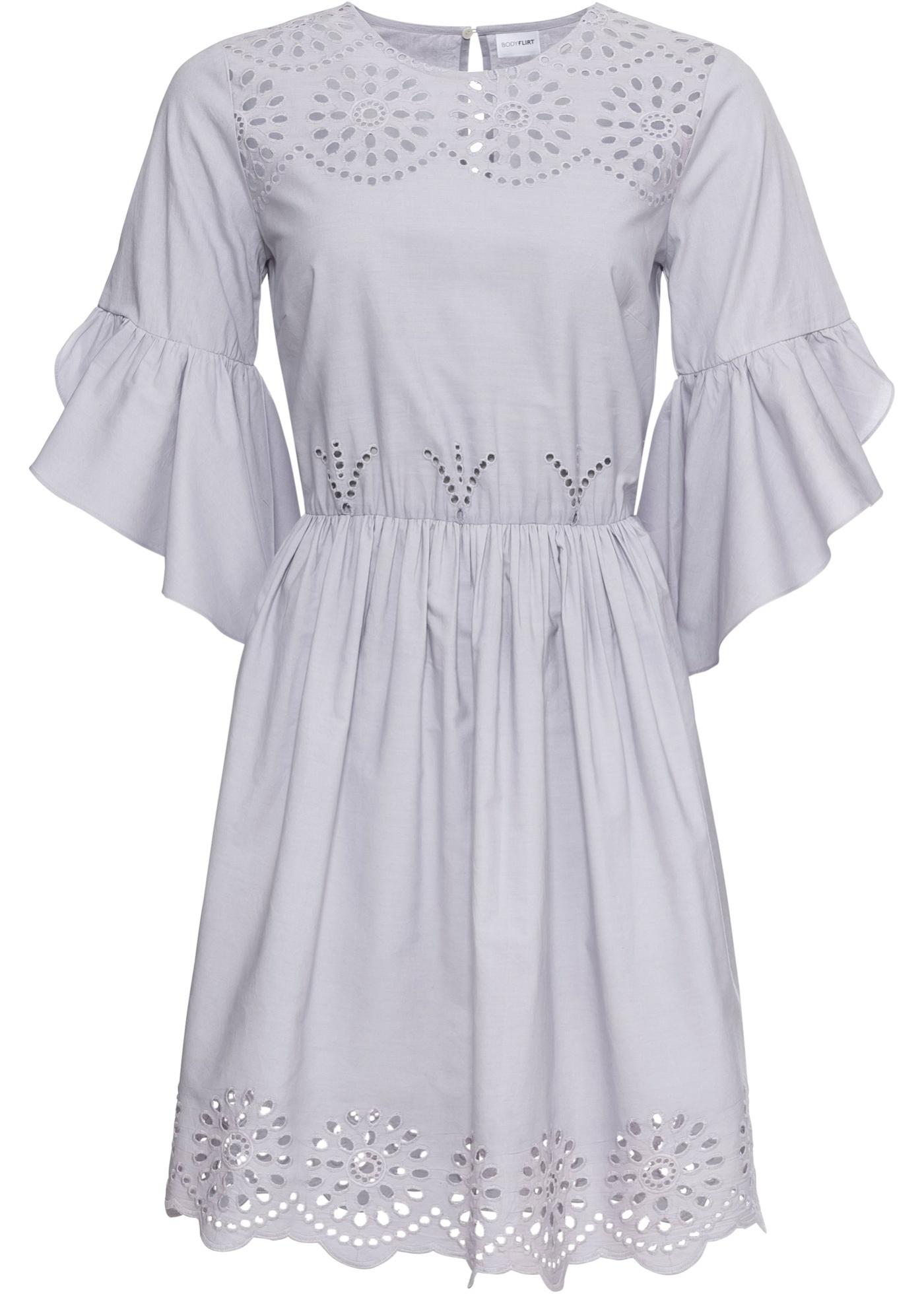 Kleid mit Lochstickerei halber Arm  in blau für Damen von bonprix