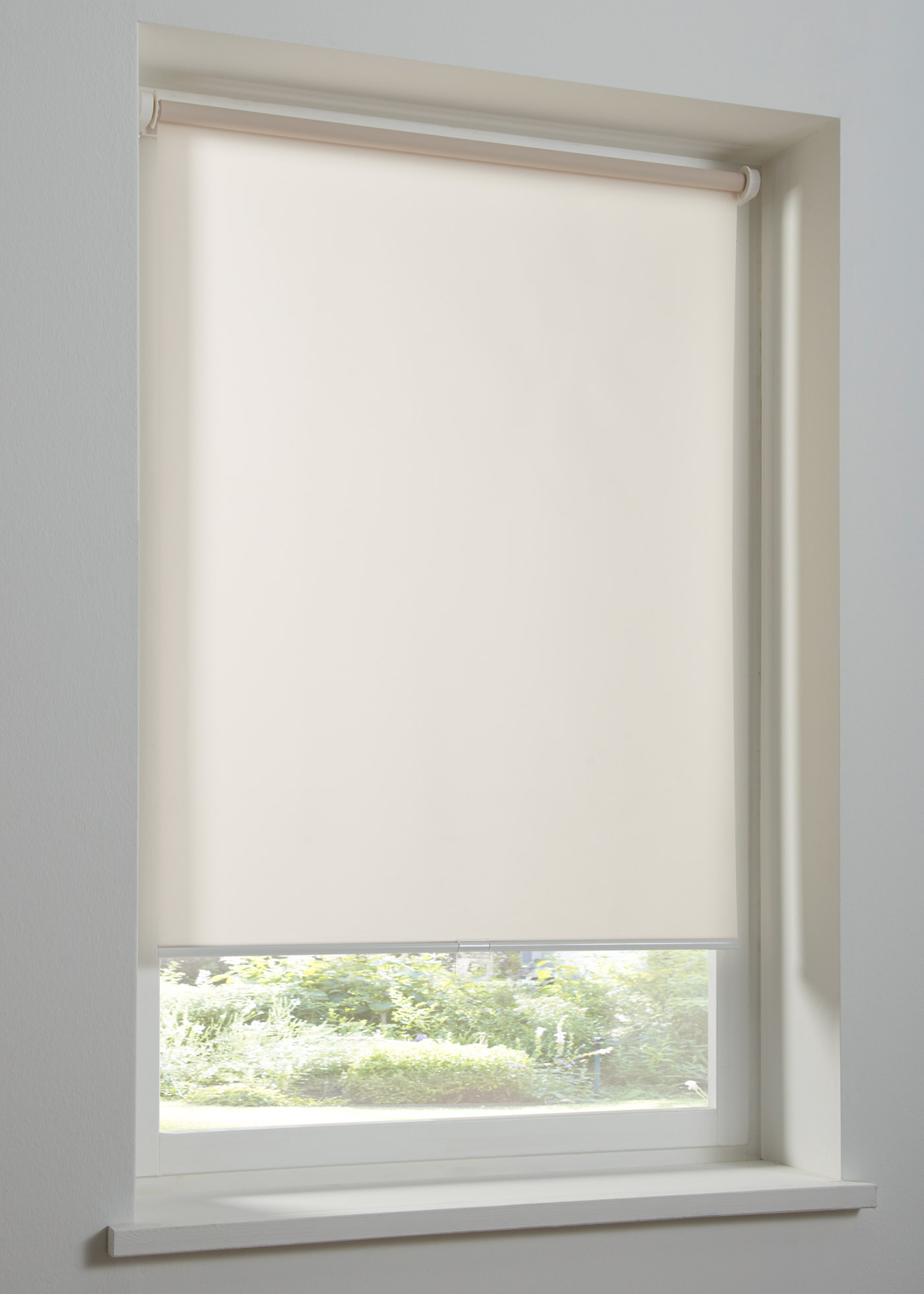 Schnurloses Sichtschutzrollo einfarbig in beige von bonprix