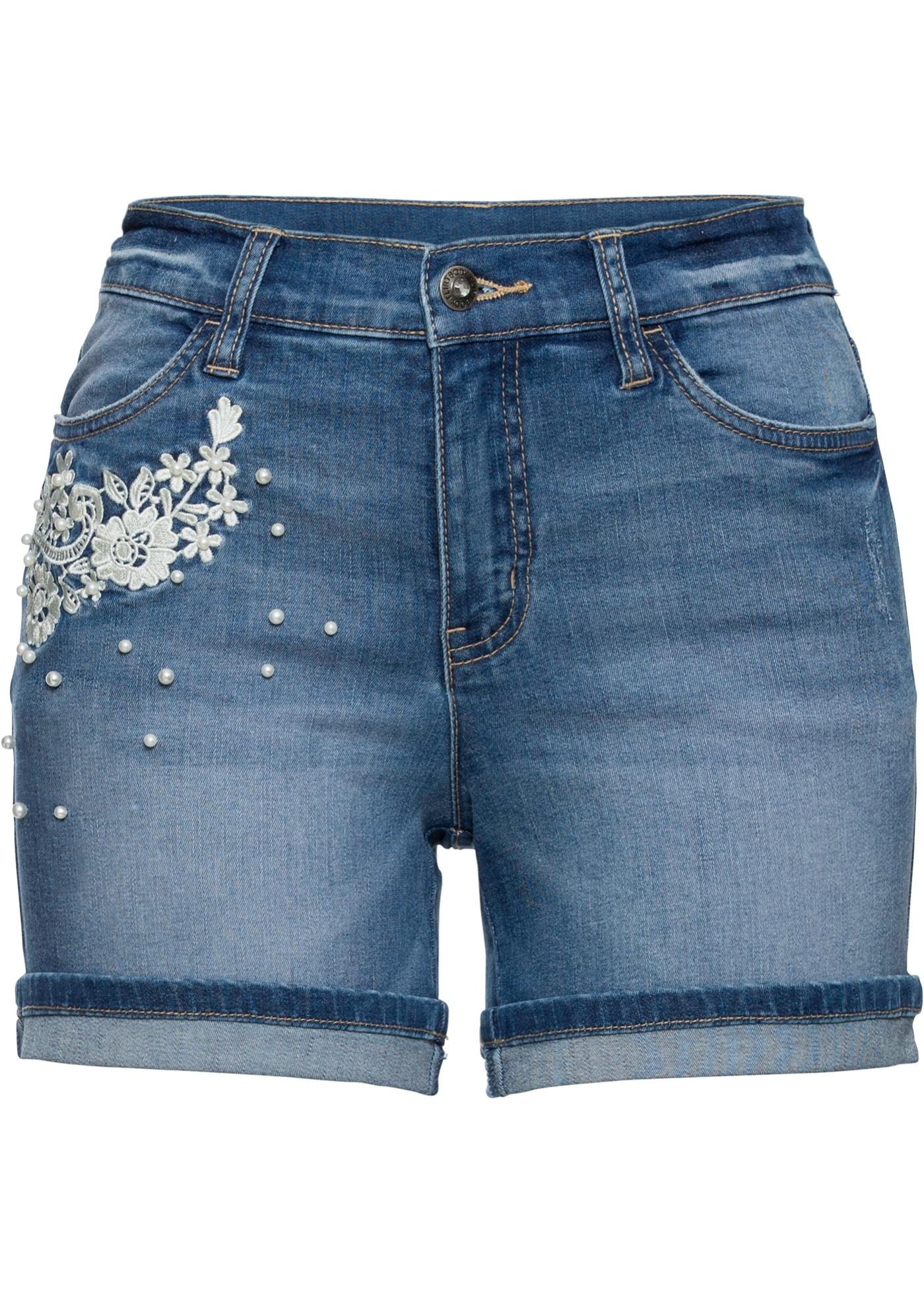 Jeans-Shorts mit Verzierung in blau für Damen von bonprix